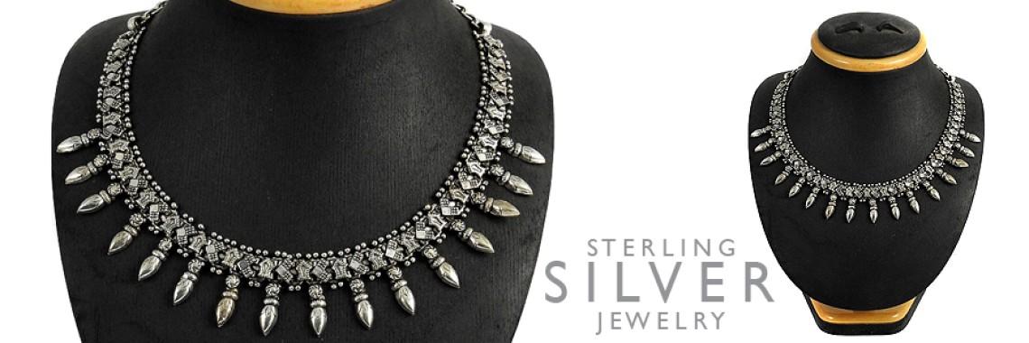 Plain Silver Necklaces