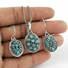 Pretty 925 Sterling Silver Turquoise Gemstone Earring Pendant Set