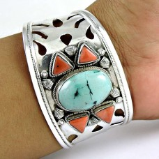 Kiss!! 925 Sterling Silver Coral, Turquoise Bangle