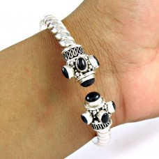Engaging!! 925 Sterling Silver Black Onyx Bangle