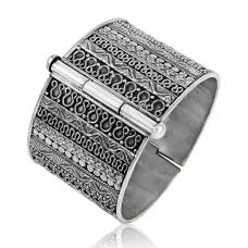 My Sweet!! Handmade 925 Sterling Silver Bangle