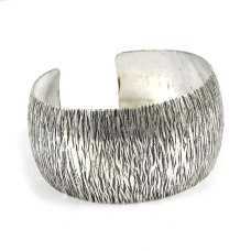 Excellent!! 925 Sterling Silver Bangle