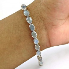 Easeful 925 Sterling Silver Labradorite Gemstone Bracelet