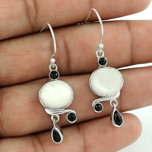 Beautiful 925 Sterling Silver Mother of Pearl Black Onyx Gemstone Earring Jewelry
