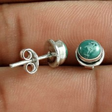 Tempting 925 Sterling Silver Turquoise Gemstone Stud Earring