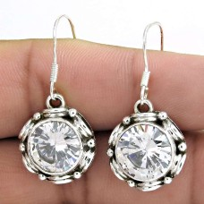 Kiss !! 925 Sterling Silver White CZ Earrings Wholesale Price