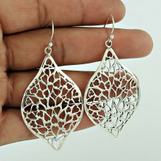Delicate Light!! 925 Sterling Silver Earrings Fabricant