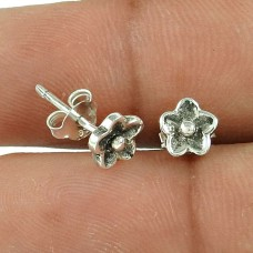 Beautiful Flower Design 925 Sterling Silver Earrings Manufacturer India
