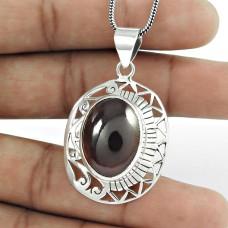 925 Silver Jewellery Beautiful Garnet Gemstone Pendant Fournisseur
