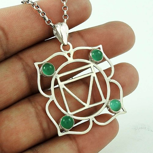 Traditional Design !! 925 Sterling Silver Green Onyx Gemstone Pendant