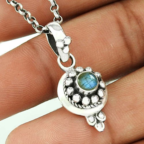 Rava Work Labradorite Gemstone Silver Pendant Jewellery