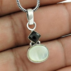 Scenic 925 Sterling Silver Mother of Pearl Black Onyx Gemstone Pendant