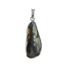 Falling In Love !! Labradorite Rough Stone Sterling Silver Pendant Jewellery