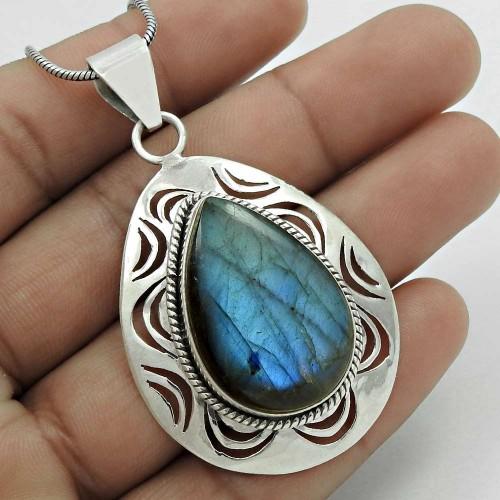 Awesome!! 925 Sterling Silver Labradorite Pendant