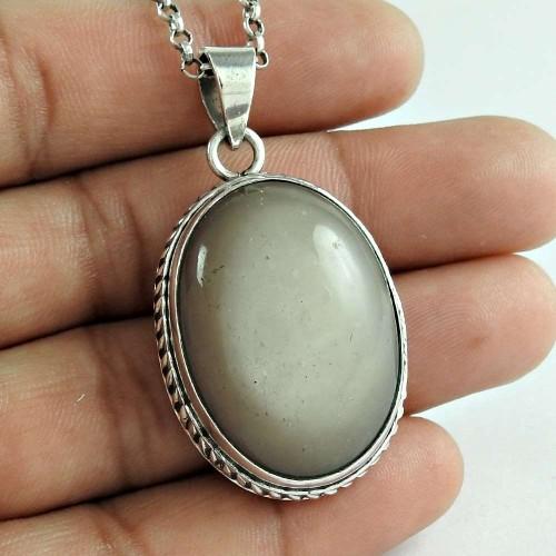Graceful 925 Sterling Silver Moon Stone Gemstone Pendant