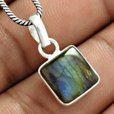 Party Wear 925 Sterling Silver Labradorite Gemstone Charm Pendant Jewellery Manufacturer