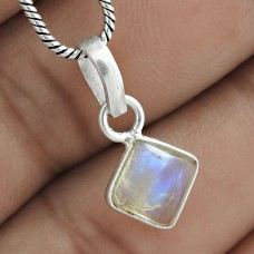 Lustrous 925 Sterling Silver Rainbow Moonstone Pendant Jewelry