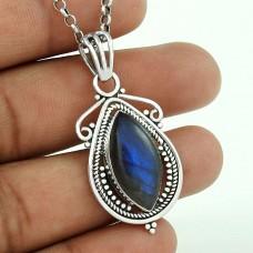 Graceful 925 Sterling Silver Labradorite Gemstone Pendant Jewellery
