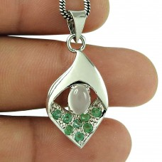 Pretty Emerald Moonstone 925 Sterling Silver Pendant Traditional Jewellery