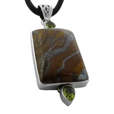 Lovely !! 925 Sterling Silver Iron Tiger Eye, Peridot Pendant