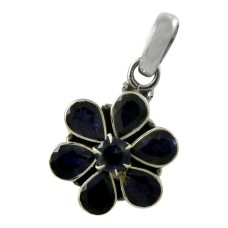 Natural Beauty!! 925 Sterling Silver Iolite Pendant