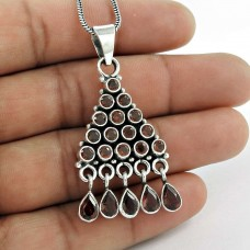 Sterling Silver Indian Jewelry High Polish Garnet Gemstone Pendant Wholesale Price