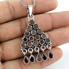 Sterling Silver Fashion Jewelry Charming Garnet Gemstone Pendant Grossiste