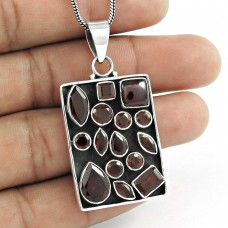 sterling silver jewelry Designer Garnet Gemstone Pendant Supplier India