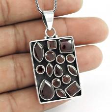 sterling silver jewelry Designer Garnet Gemstone Pendant Supplier India
