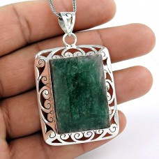 Soigne!! 925 Sterling Silver Emerald Pendant Fournisseur