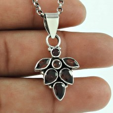 Well-Favoured 925 Sterling Silver Garnet Gemstone Pendant Jewellery