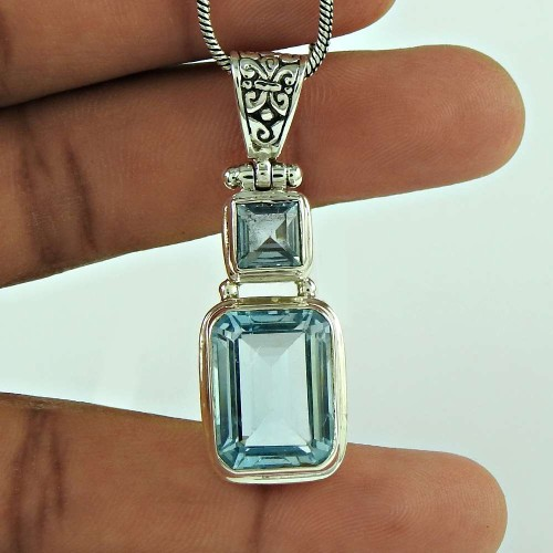 Beautiful 925 Sterling Silver Blue Topaz Gemstone Pendant Jewellery