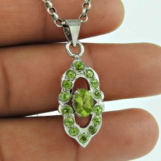 Rare Peridot Gemstone 925 Sterling Silver Fashion Pendant Jewellery Wholesaler India