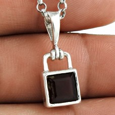 Exhilarant 925 Sterling Silver Smoky Quartz Gemstone Pendant