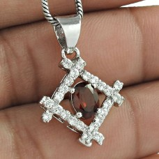 Masterly Designed Jewelry 925 Sterling Silver Garnet Gemstone With CZ Rhodium Plated Pendant