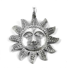 925 Sterling Silver Vintage Jewellery Ethnic Silver Sun Pendant Supplier India