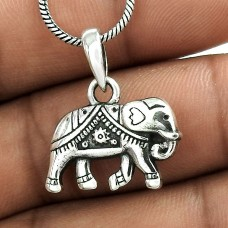 Nice Looking ! Sterling Silver Jewellery Elephant Charm Pendant