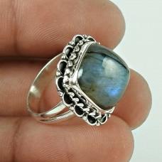 Precious! 925 Silver Labradorite Ring