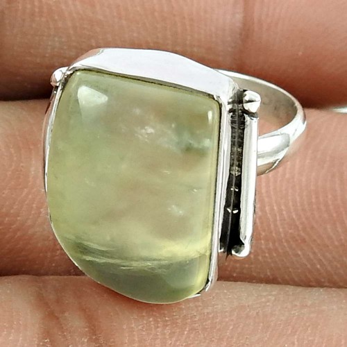 Beautiful 925 Sterling Silver Prehnite Gemstone Ring Jewellery
