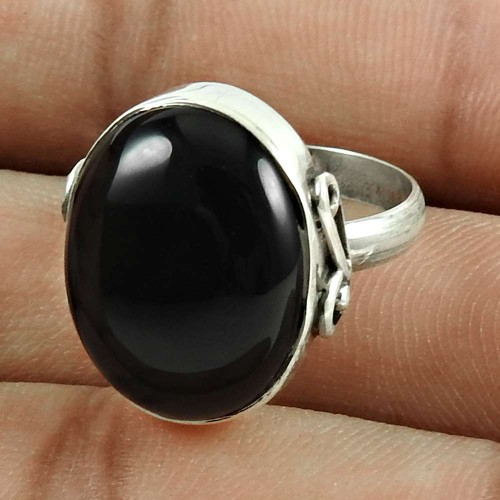 Pretty 925 Sterling Silver Black Onyx Gemstone Ring Jewellery
