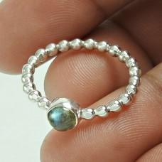 Eye Catching Labradorite Gemstone Silver Ring Jewellery