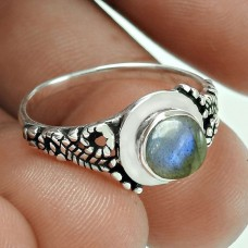 Engaging Labradorite Gemstone Silver Ring Jewellery