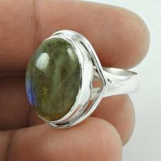 Just Perfect! 925 Silver Labradorite Gemstone Ring