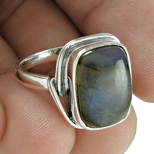Beloved 925 Sterling Silver Labradorite Gemstone Ring