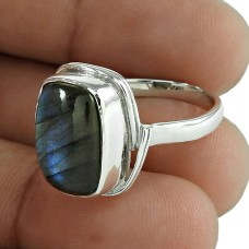 Circle of Hope 925 Sterling Silver Labradorite Gemstone Ring
