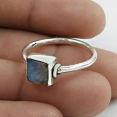 Stylish 925 Sterling Silver Labradorite Gemstone Ring Size 9 Handmade Jewelry F44