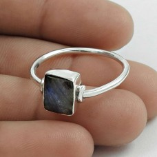 Pleasing 925 Sterling Silver Labradorite Gemstone Ring Size 11 Handmade Jewelry F49