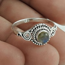 Well-Favoured 925 Sterling Silver Labradorite Gemstone Ring Size 8 Vintage Jewelry F53