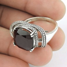 Paradise Bloom! 925 Silver Garnet Ring