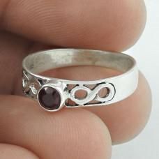 Victorian Style ! Garnet 925 Sterling Silver Ring